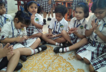 Ludo Making Activity(Sr.KG)