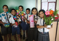 Bouquet Making Competition(Grade IV)