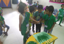 Broom Printing Activity(Sr.KG)