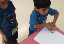 Blue Day-Bubble Mitt Printing Activity(Jr.KG)