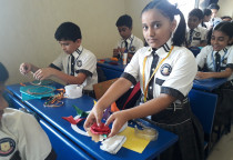 Wall Hanging Making Competition(Primary)