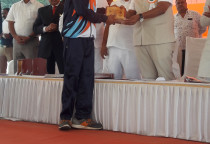 Felicitation  By Shri Vinod Tawde To The Handball &Football Players